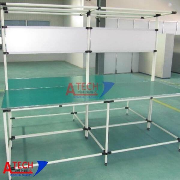 mẫu-bàn-thao-tác-ống-thép-bọc-nhựa-AT-01